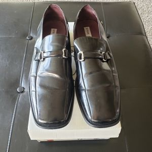 Sz 12 Steve Madden Wynton Black Leather Shoe